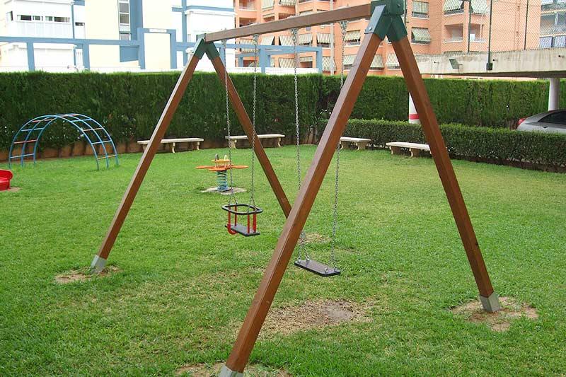 Ofertas parques infantiles juegos columpios mobiliario - Columpios para ninos de madera ...